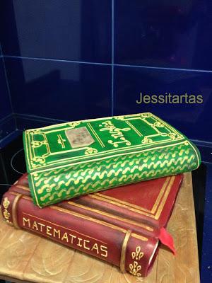 TARTA LIBRO ANTIGUO / BOOK CAKE